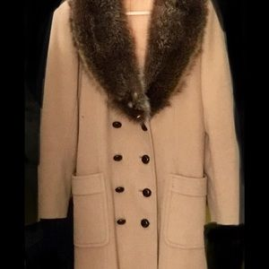 Jackets & Blazers - Vintage faux fur lined wool coat